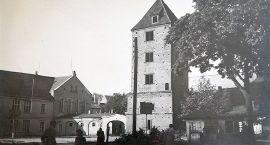 Stary Szczecinek: I plac i wieża które znikły