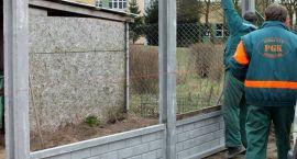Dwumetrowy mur rozdzieli psy i... działkowców