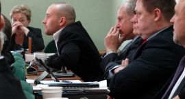 Terroryści na sali, czyli sesja rady powiatu