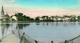Pocztówka z jeziorem
