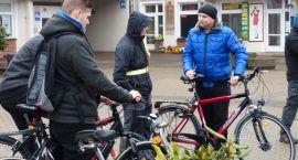 Szczecineccy rowerzyści się zrzeszają i spotykają pod ratuszem