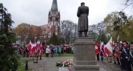 Szczecineckie uroczystości pod pomnikiem Marszałka Józefa Piłsudskiego