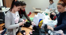 Uczniowie zbierali odzież dla szczecineckich bezdomnych