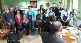 Nagrody dla najlepszych uczniów i pomoc społeczna
