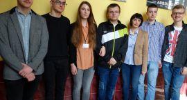 Uczniowie LO chcą do Sejmu
