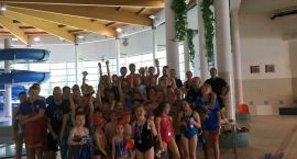 Pierwszy krok pływacki stawiali najmłodsi