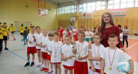 Rekreacja i sport. Dziecięcy turniej w Turowie