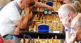 Turniej szachowy wygrał Paweł Ostrowski