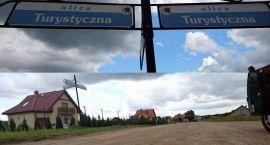 Ulica Turystyczna z chodnikiem i asfaltem