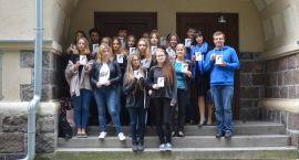 Szczecinecka młodzież wysyłała kartki do byłych powstańców