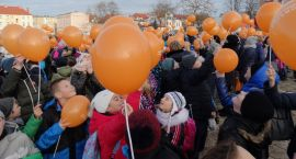 Pomarańczowe wstążeczki i baloniki opanowały kino