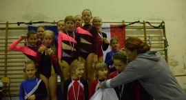 Mikołajkowy Turniej w Akrobatyce Sportowej i Fitness