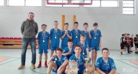 Mini koszykówka: SP7 znów wygrywa zawody powiatowe