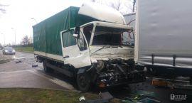 Zderzenie dwóch ciężarówek w Białym Borze. Kierowca przysnął?