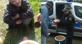 Wozili bezdomnym ciepłą zupę