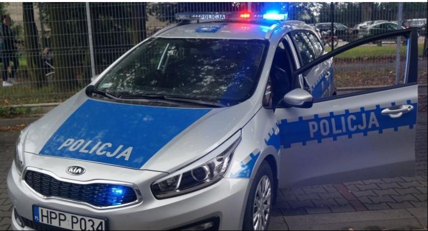 Zdarzenia, Potrącił mazdą kobietę obrażał policjantów - zdjęcie, fotografia