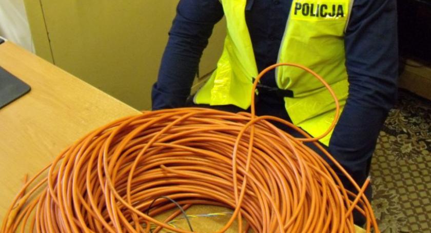 Kradzieży kabla sejsmicznego.