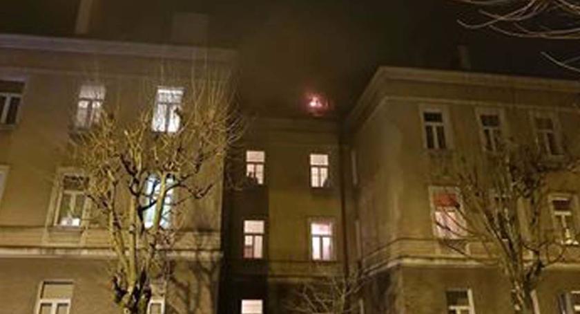 Zdarzenia, Pożar poddasza Poniatowskiego - zdjęcie, fotografia
