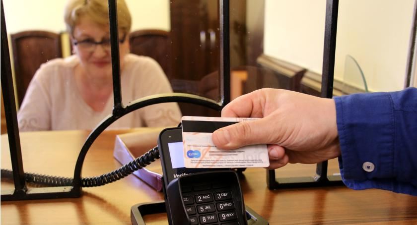 W urzędzie miasta można zapłacić kartą