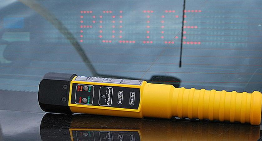 Zdarzenia, Nietrzeźwy zakazem prowadzenia pojazdów - zdjęcie, fotografia