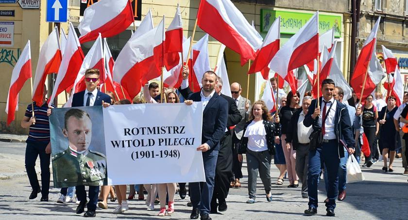 Ludzie, Jarosławski Marsz Rotmistrza Witolda Pileckiego - zdjęcie, fotografia