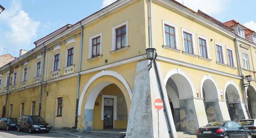 Samorząd, Kamienica Rydzikowa podziemiami została wylicytowana - zdjęcie, fotografia