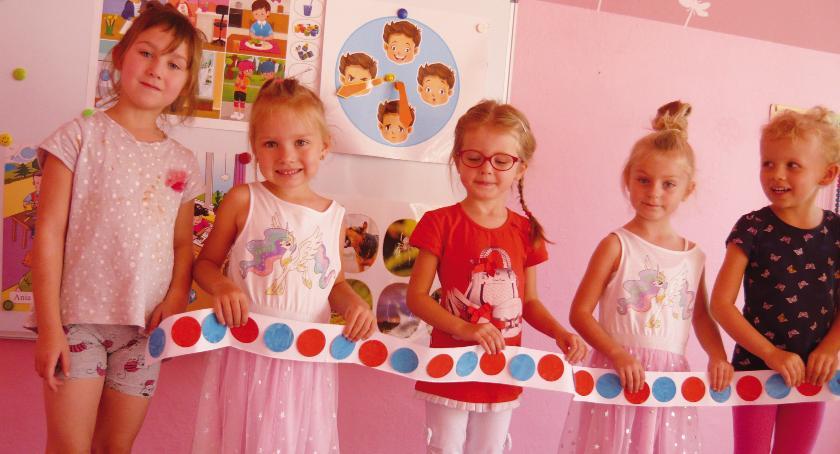 Przedszkola, Przedszkolaki świętowały - zdjęcie, fotografia
