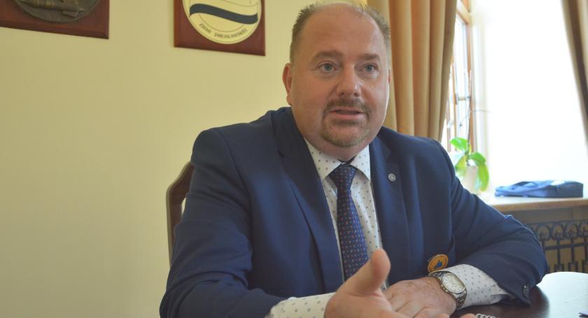 Samorząd, Burmistrz Jarosławia Waldemar Paluch krytyki uprawiam - zdjęcie, fotografia