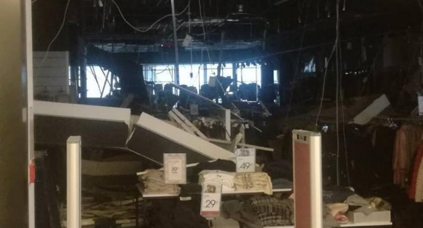 Zdarzenia, Ewakuowano osób Galerii Rzeszów Zawalił sufit jednym sklepów - zdjęcie, fotografia