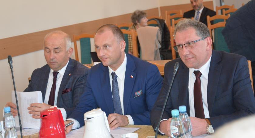 Samorząd, Wybrali składy komisji uchwalili wynagrodzenie starosty - zdjęcie, fotografia