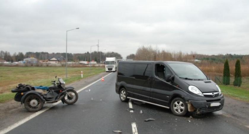 Opel vivaro zderzył się z motocyklem