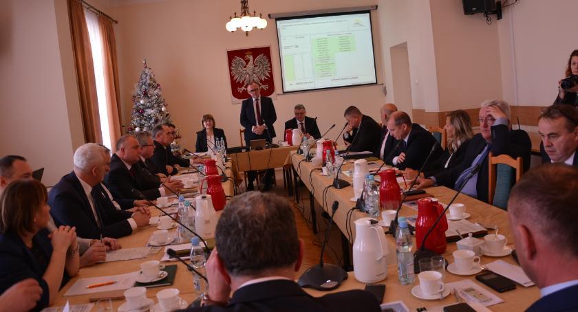 Samorząd, poparli zwolnienia Zbigniewa Piskorza - zdjęcie, fotografia