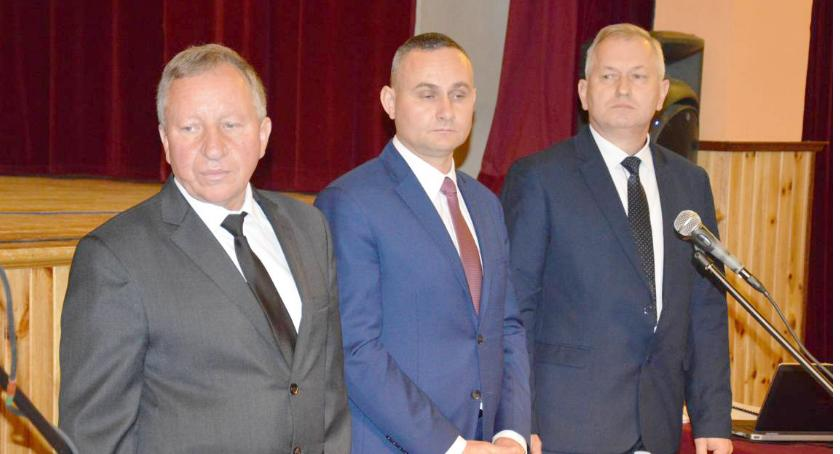 Samorząd, Dlaczego zmieniono członków komisji skarg wniosków petycji - zdjęcie, fotografia