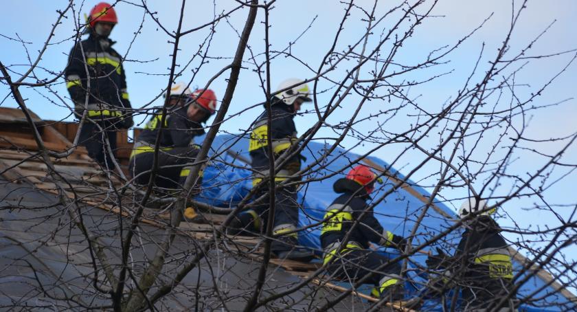 Kolejny zerwany dach, tym razem w Jarosławiu