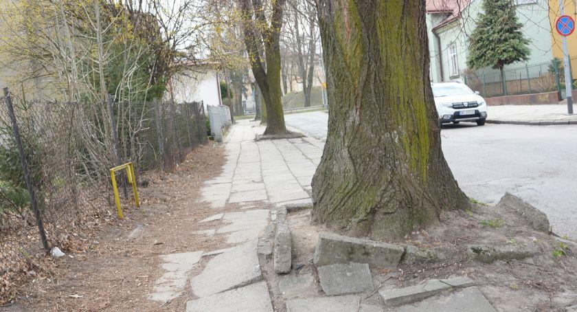 Zabrali 1,4 mln zł z dróg powiatowych, dali na gminne
