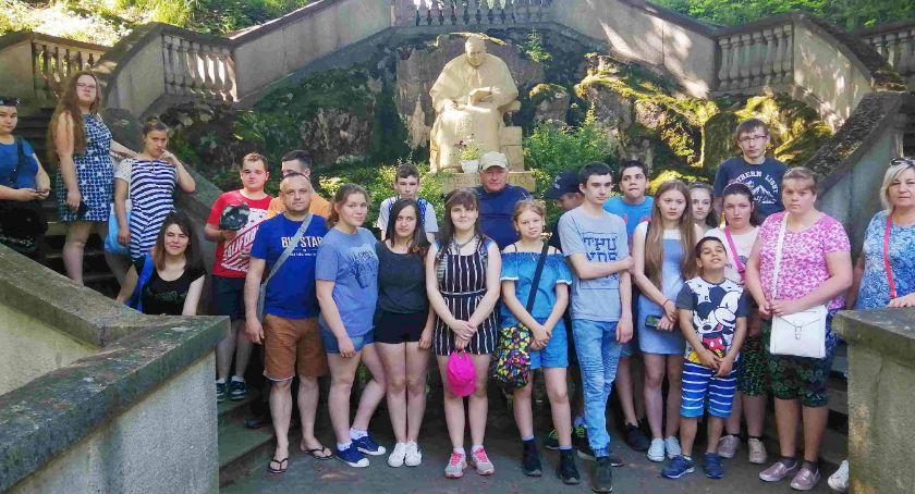 Uczniowie SOSW zwiedzali, bawili się i poznawali kolegów