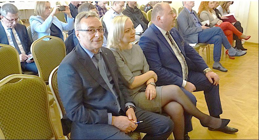 Samorząd, funduszach europejskich tylko - zdjęcie, fotografia