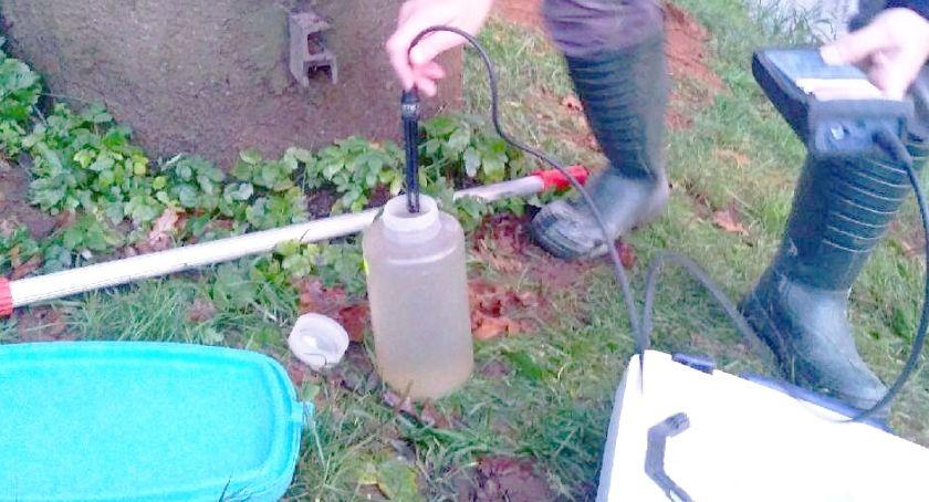 Brunatna woda w Szkle, zamknięte ujęcie wody na Sanie dla Jarosławia - to efekt czyszczenia stawów rybnych przy granicy