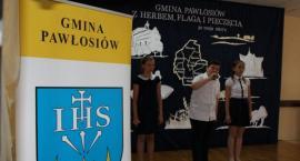 Gmina Pawłosiów ma herb, flagę i pieczęć