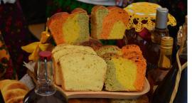Prezentacja tradycyjnych potraw wiejskich podczas V Biesiady w Morawsku