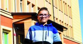 12-letni Bartek wezwał pogotowie do omdlałej kobiety
