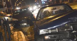 Zderzenie pojazdów na głównym skrzyżowaniu w Jarosławiu