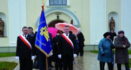 Wietlin: Sztandar na 20-lecie Akcji Katolickiej