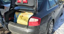 Nielegalne papierosy w bagażniku warte 31 tys. zł