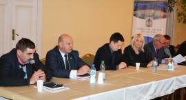 Po apelu radnych burmistrz tworzy wniosek na OZE