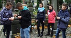 Pamiętają o polskich grobach