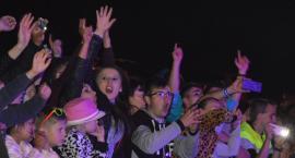 Zespół Milano śpiewał razem z publicznością w Chłopicach (ZDJĘCIA, WIDEO)
