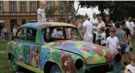Zabytkowe pojazdy na jarosławskim Rynku