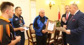 Gratulacje dla mistrza Polski i zdobywcy Pucharu Polski klubu Frac Kolping