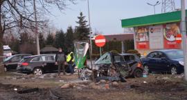 Śmiertelny wypadek koło stacji paliw w Wierzbnej